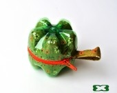 http://www.alittlemarket.it/portamonete-portafogli/bottom_bag_piccola_tessuto_floreale_verde_con_cerniera_arancione-2629419.html