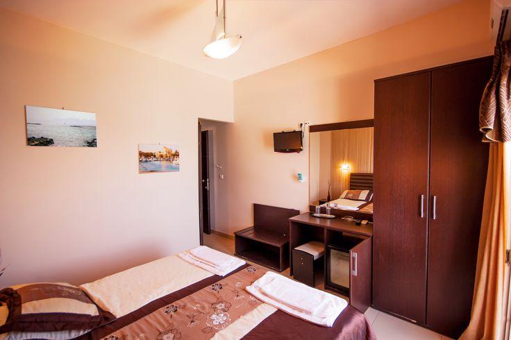 Plaza Hotel - Aegina island Greece