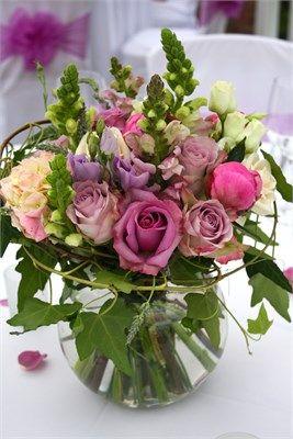 Mason jar of roses, snapdragons, ivy & more.