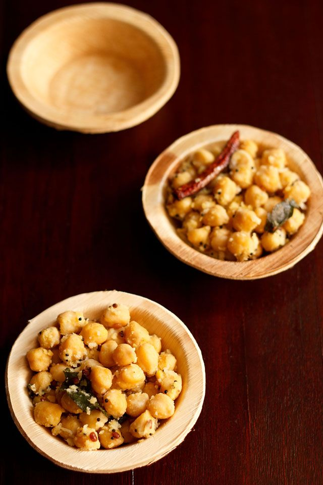 chana sundal – south indian recipe of a no onion no garlic stir fried chickpeas with spices and coconut.  #IndianFood