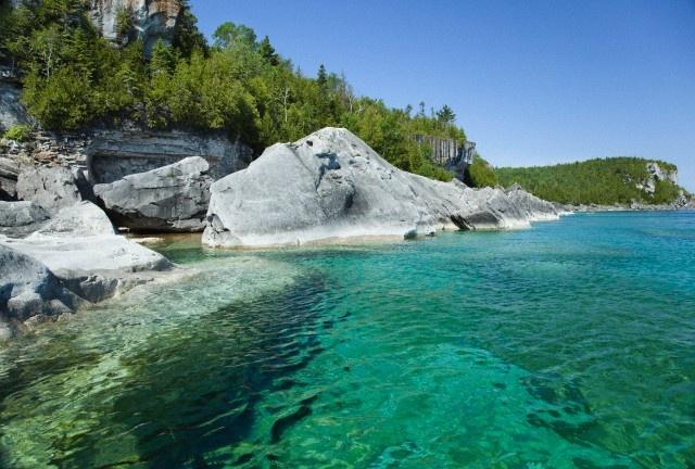 Rocky Shoreline, Bruce Peninsula National Park near Tobermory, Georgian Bay, Ontario, Canada