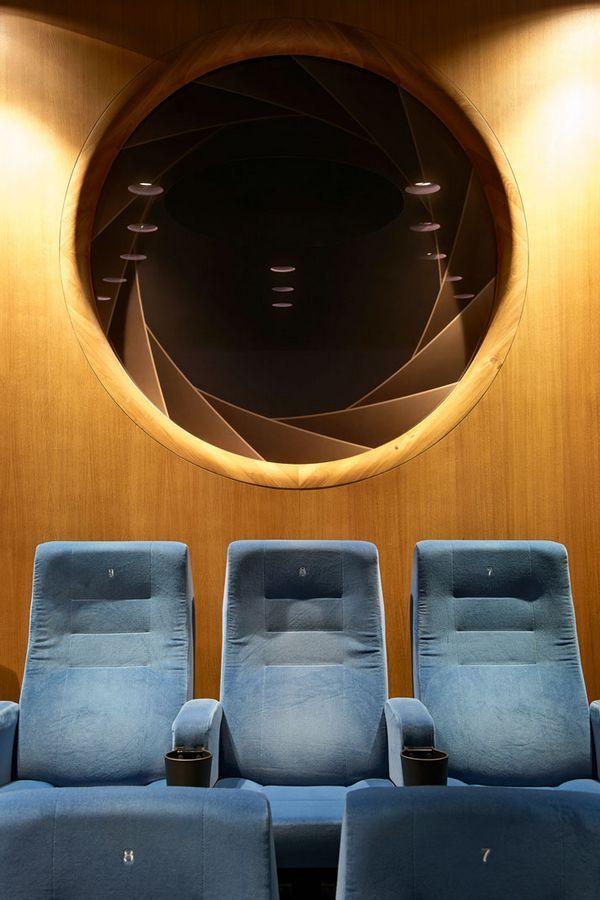 mer enn 17 bra ideer om kino cottbus på pinterest | multiplex kino, Innenarchitektur ideen