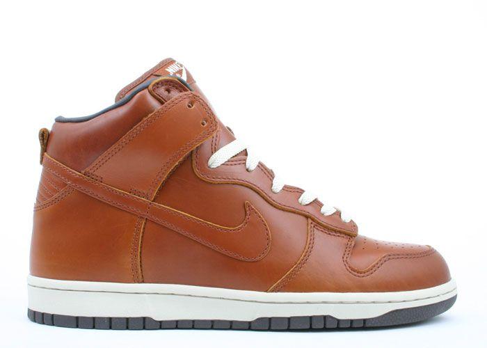 Nike Dunk HighShoes Fetish, Nike Dunks Men, Boys, Men Fashion, Cheap Nike, Nike Shoes Outlet, Beautiful Shoes, Premium Curries, Autumn Nikeshow De Nr Nice