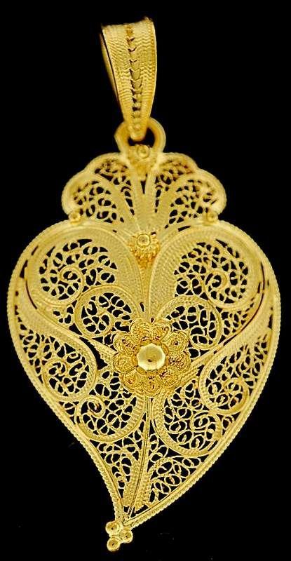 Filigree art - Coração de Viana do Castelo - Portugal  , Handmade  with gold or silver