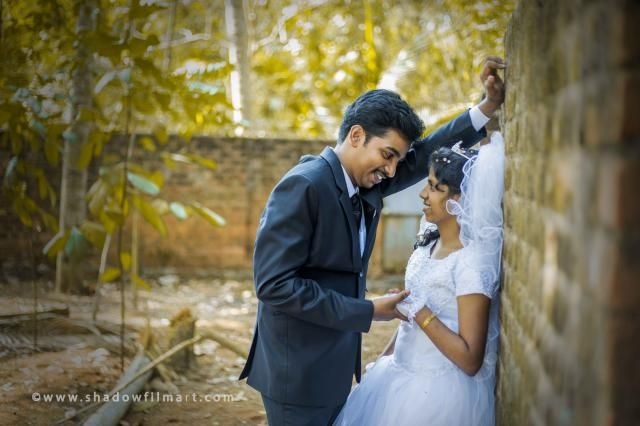 #LOVE and #ROMANCE  CUTE #COUPLE entering into a new #BEAUTIFUL LIFE. #coupleshoot #coimbatore #wedding #weddinggown Contact +91 7708844995 © http://www.shadowfilmart.com  #Photo #Photography