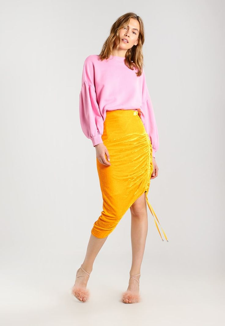 ¡Consigue este tipo de falda de tubo de Topshop BOUTIQUE ahora! Haz clic para ver los detalles. Envíos gratis a toda España. Topshop BOUTIQUE Falda de tubo orange: Topshop BOUTIQUE Falda de tubo orange Ofertas   | Material exterior: 82% viscosa, 18% seda | Ofertas ¡Haz tu pedido   y disfruta de gastos de enví-o gratuitos! (falda de tubo, tubos, corte de tubo, ajustada, ponti, pencil, stretch, ajustadas, tube, tight, waisted, bodycon, slim fit, schlauchrock, falda de tubo, jupe fourreau, ...