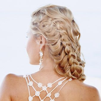 braided wedding hair style via Project Wedding