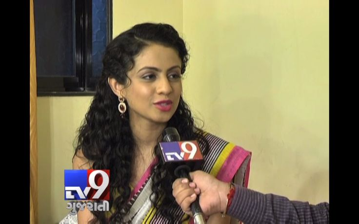Listen Mansi Parekh Gohel (wife of Parthiv Gohil) in a different mood I would like to share hers latest interview with tv9 Gujarat