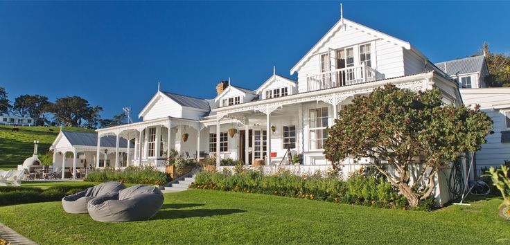 Kauaroa Bay Estate | Waiheke Island, Auckland, New Zealand