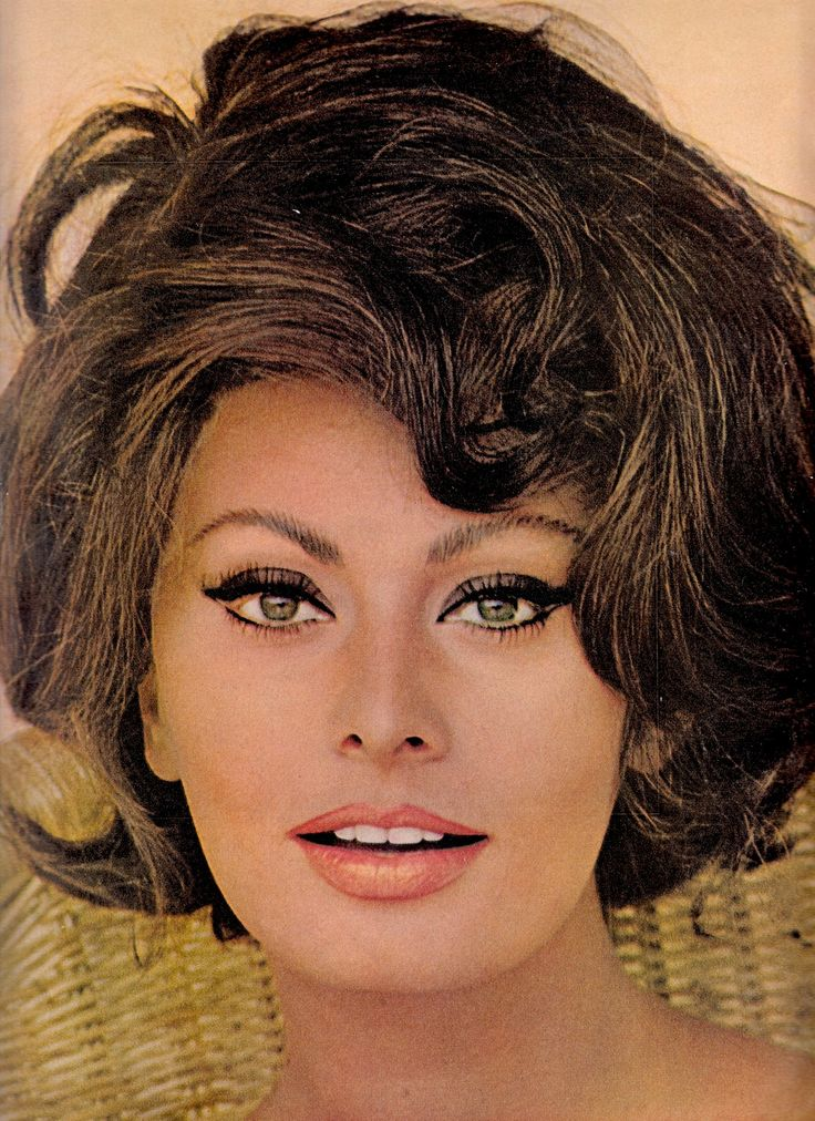 SOPHIA LOREN  Photo by Robert Freson. Vintage Ladies Home Journal March 1966 (minkshmink)