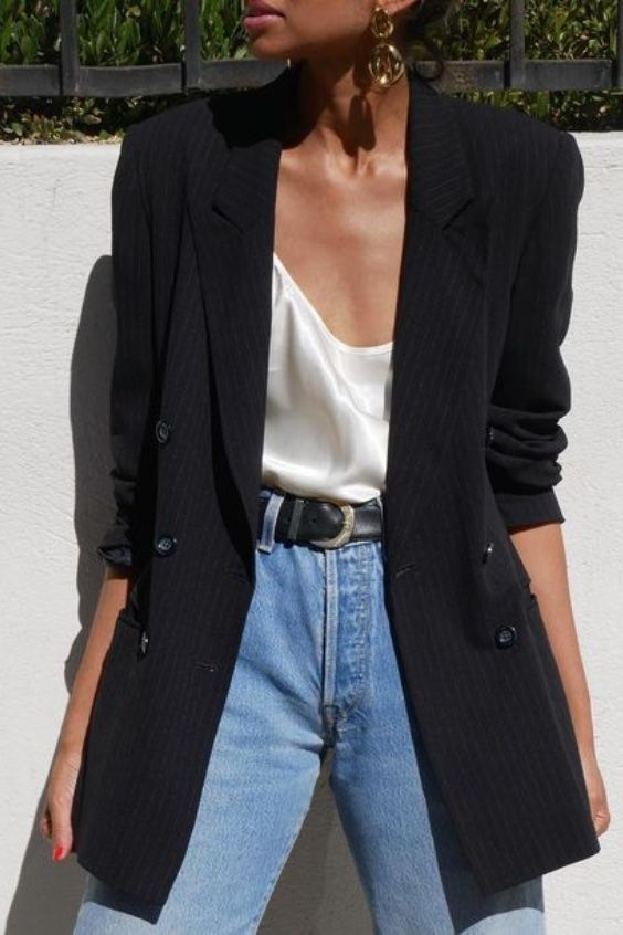 Black oversized blazer, silk cami and blue jeans #ootd #outfits #fashion