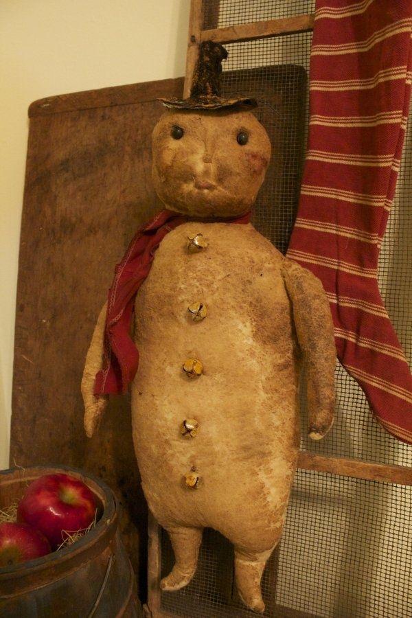 .primitive snowman