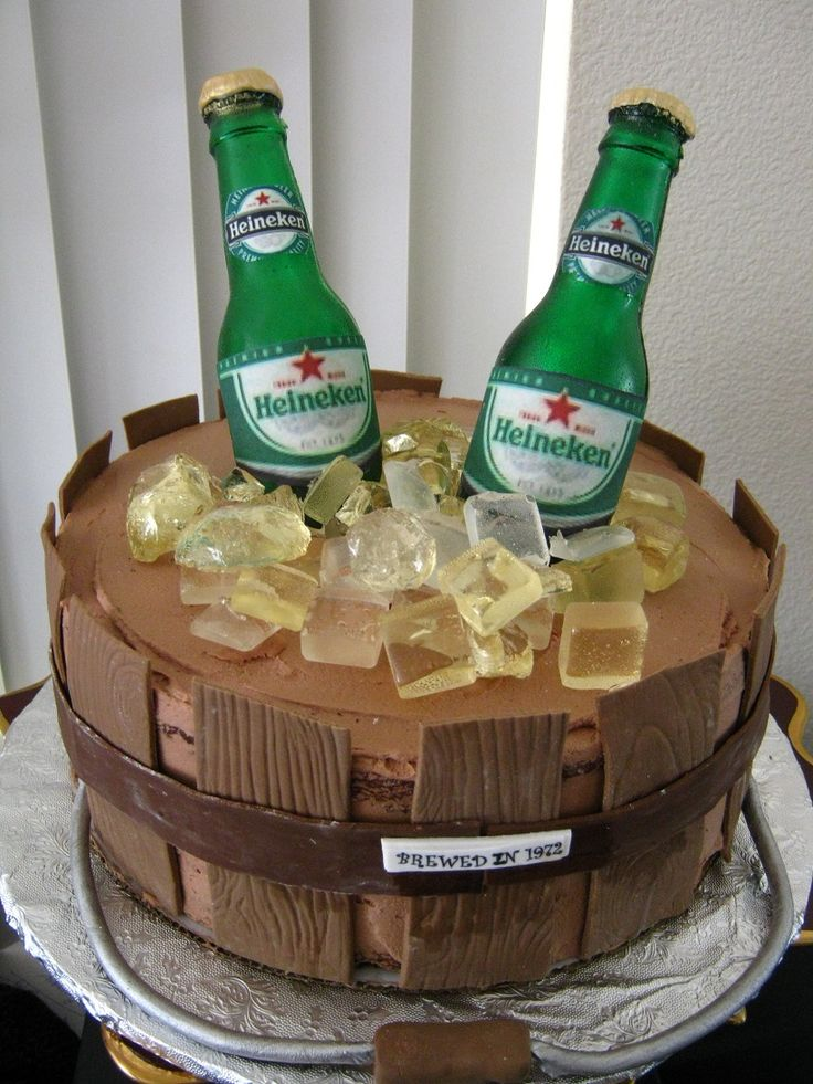 Wooden Beer Bucket Cake Bottles Are Isomalt As Is The Ice