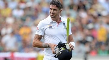 Kevin Pietersen's return hopes killed by injury Read complete story click here http://www.thehansindia.com/posts/index/2015-05-14/Kevin-Pietersens-return-hopes-killed-by-injury-150925