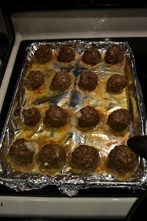 Mozzarella Stuffed Meatballs..making these today! Yum! Something everybody will love..even the boys!