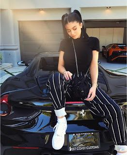 """What Does LB Mean On Instagram? - Kylie Jenner  On Instagram """"LB"""" means like back. Users know how famous Kylie Jenner is and would love for her to like one of their posts. Kylie has more than 97 million followers and she's just getting started. She recently launched her Snapchat series Ask Kylieand she's getting more famous everyday. If each member of the Kardashian family was a stock I would invest in Kylie!  Is Kylie Jenner Pregnant With Travis Scott's Baby?  Kylie Jenner is pregnant and…"""