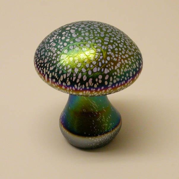 glass mushroom by Abelman Art Glass