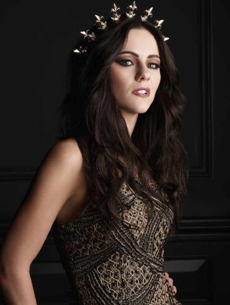 Princess Eleanor (Alexandra Park), one of my fave characters from my new show, The Royals on E!