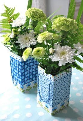 Vasen aus Tetrapaks - als Deko-Idee für Feste oder so
