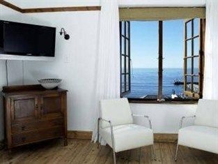 Chartfield Guesthouse Cape Town - Guest Room - reservations 26th
