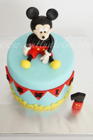 mickey mouse pasta, mickey mouse butik pasta, butik pasta, pasta, Erkek çocuklar için pasta, mickey mouse, mickey fare, disney, erkek bebek, bebek, doğum, mevlüt, baby shower, bebekler için, erkek çocuk, çocuklar için, kişiye özel, tasarım, doğum günü, doğumgünü, yaş günü, 1 yaş