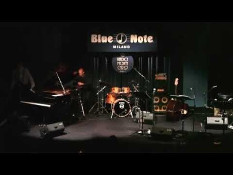 Raphael Gualazzi Live @ Blue Note Milano