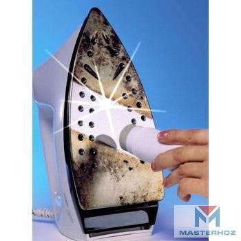 Уход и чистка утюга   Способ №1. Хозяйственное мыло.  Нагреваем утюг, протираем его подошву хозяйственным мылом, после того как он остынет, смываем мыло водой.   Способ № 2. Сода с моющим средством для посуды.  Смешиваем ½ ч.л. моющего средства с 1 ч.л. соды (должна получиться кашица), наносим состав на подошву утюга (удобно использовать губку), оставляем прибор на 5-10 минут, после чего вооружаемся влажной ветошью, и интенсивно протираем очищаемую поверхность.   Способ № 3. Соль с нагревом…