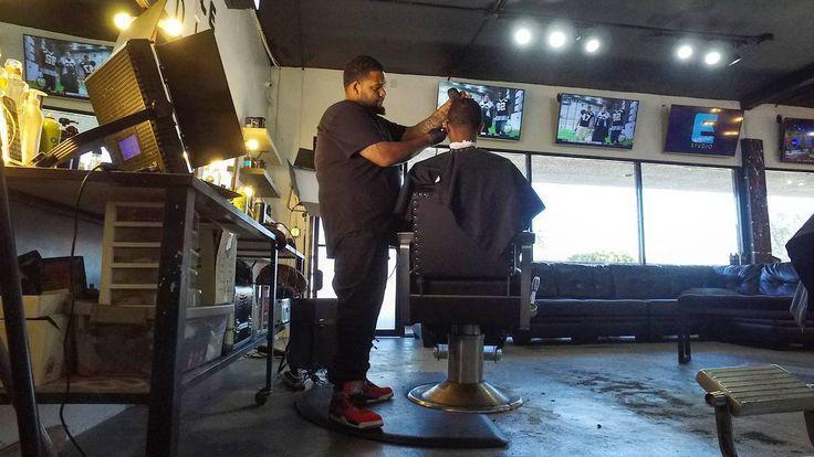 😎 EZ-life @eazydabarba 9153288222 Appts 📲 West Hollywood Melrose #nastybarbers #barbersinctv @elegancestudio #melrose #losangeles #Beard #taper #hollywood #beverlyhills #LAbarber #SoCalbarber #LosAngelesbarber #gangsta #dji #osmo #texasbarber #hollywoodbarber #beverlyhillsbarber #melrosebarber #calibarber #housecalls #hotelcalls