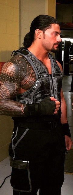 Roman reigns is and will always be the best he is my favorite WWE winner love this dude believe that