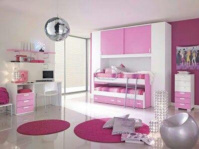Cuarto de niña color rosa