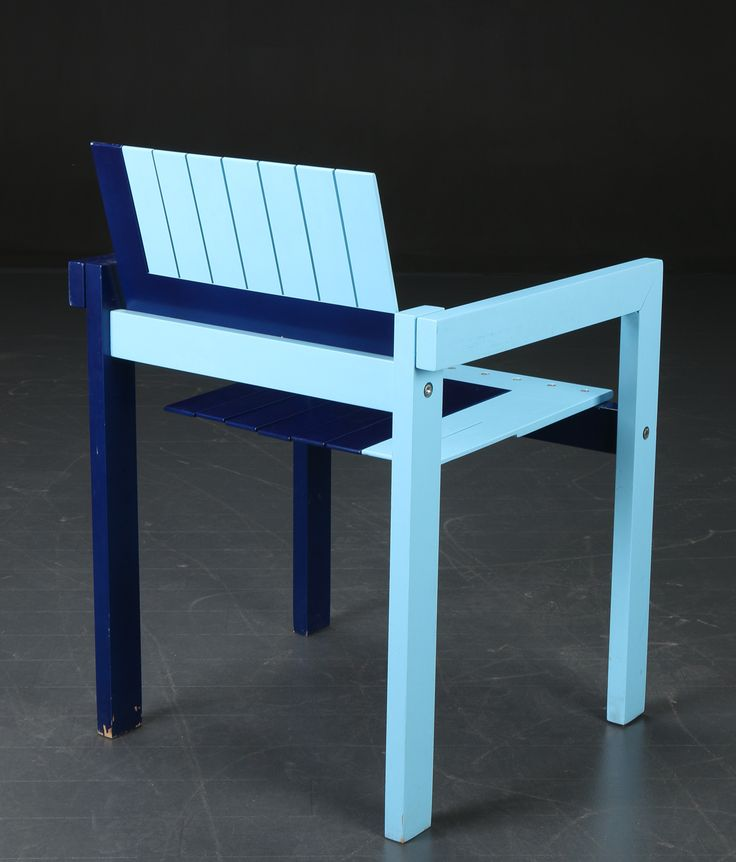 'Crate' chair designed in 1982 by Bernt Petersen for carl Hansen & Son in Denmark.