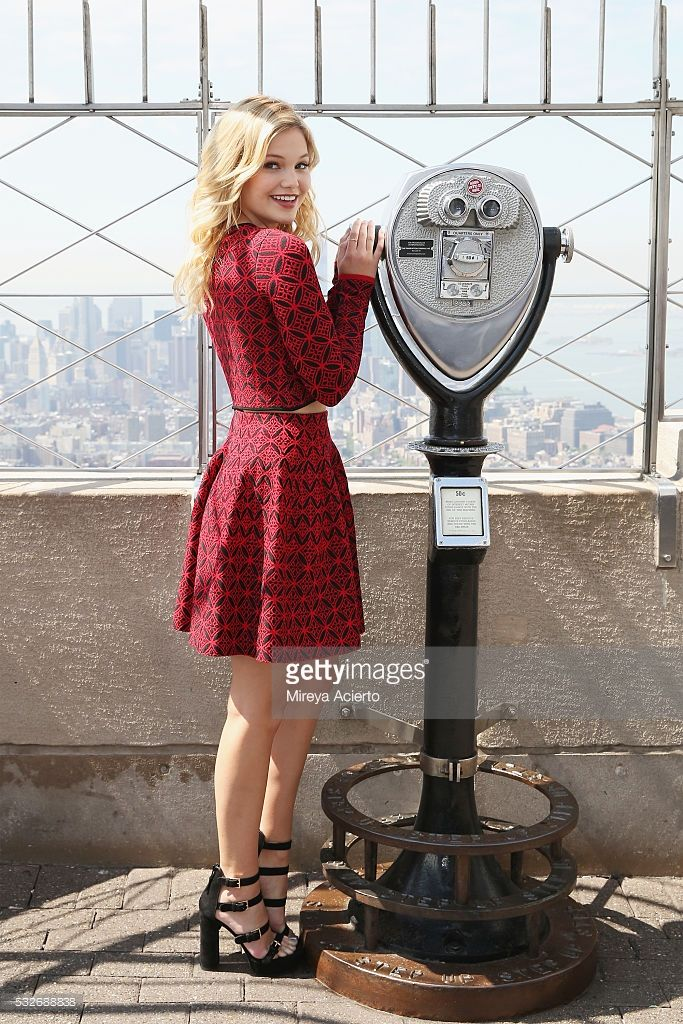 Actress/singer Olivia Holt visits the Empire State Building to promote her new single 'Phoenix' on May 19, 2016 in New York, New York.