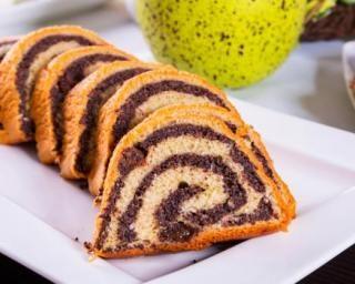 Cake marbré léger aux graines de chia : http://www.fourchette-et-bikini.fr/recettes/recettes-minceur/cake-marbre-leger-aux-graines-de-chia.html