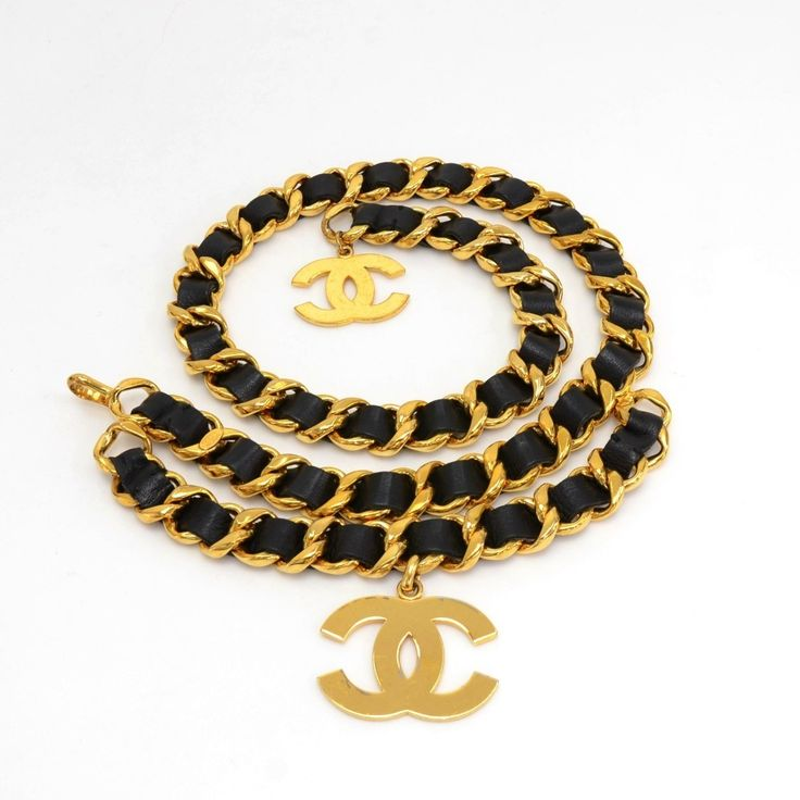 Authentic Chanel chain belt in black leather. It can fit smaller sizes since the hook can be attached on any place on the chain. Chanel 93 CC A Made in France engraved plate on the chain. #Chanel #fmasarovic #Handbags