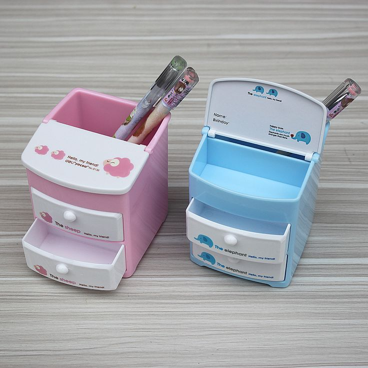 Kawaii and cute pen holder with 2
