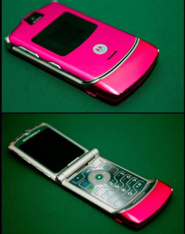 Razr~haha I had this phone. My husband bought for me as a gift. He knows hot pink is my favorite color