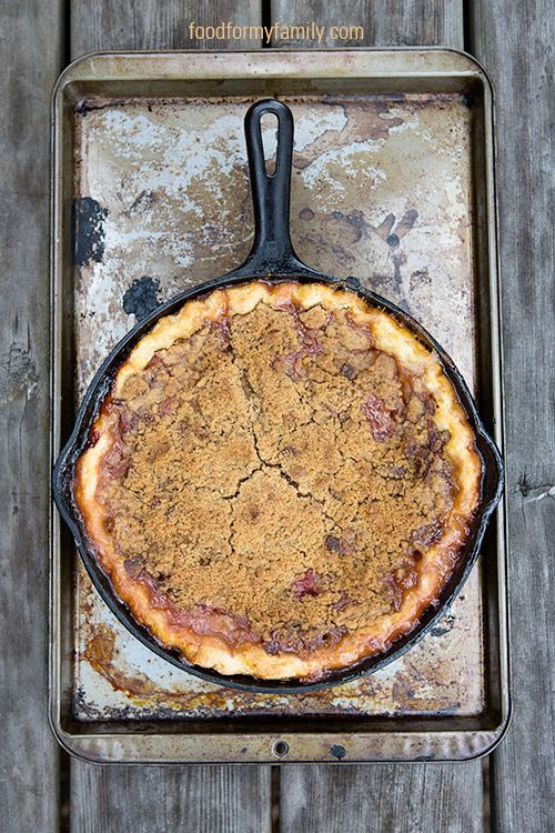 Peach Bourbon Pie with Bacon Brown Sugar Crumble | FoodforMyFamily.com
