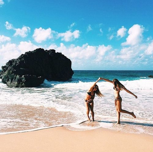 Beach days with friends are the best