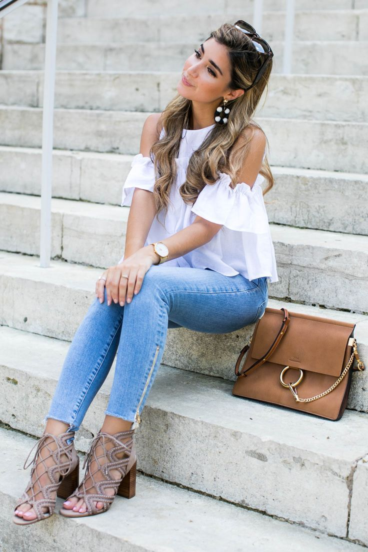 "Fashion Blog - ""Chunky Earrings"" - #fashion #blogging #blog #fashionblog  #inspiration #jewelry #stylingtips #howto #ontrend #fashionista -Chunky drop earrings, fashionista, street style"