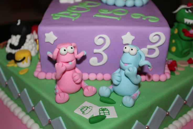 Boo turns 3 with this mixed cake including the WotWots