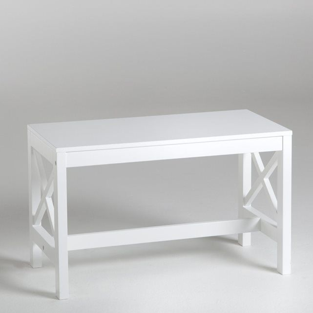 Part of the Majong bathroom collection, this bench exudes calm and serenity. Features:- MDF structure.- White lacquered finish with nitrocellulose varnish.The Majong bench arrives ready for self-assembly (instructions included).Dimensions:- Overall size: W65 x H40 x D33cm.See the full Majong collection by typing Majong into the search engine online.