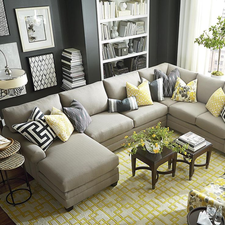 Living Room Ideas With Sectional Sofas: 25+ Best Ideas About U Shaped Sectional On Pinterest