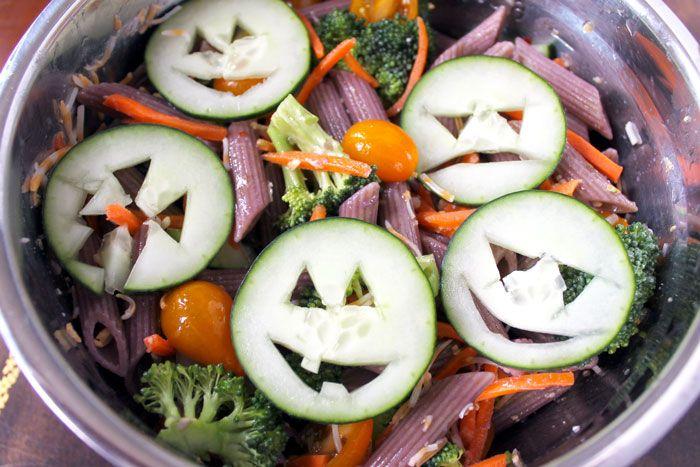 Healthy Halloween Pasta Salad - Smile Sandwich