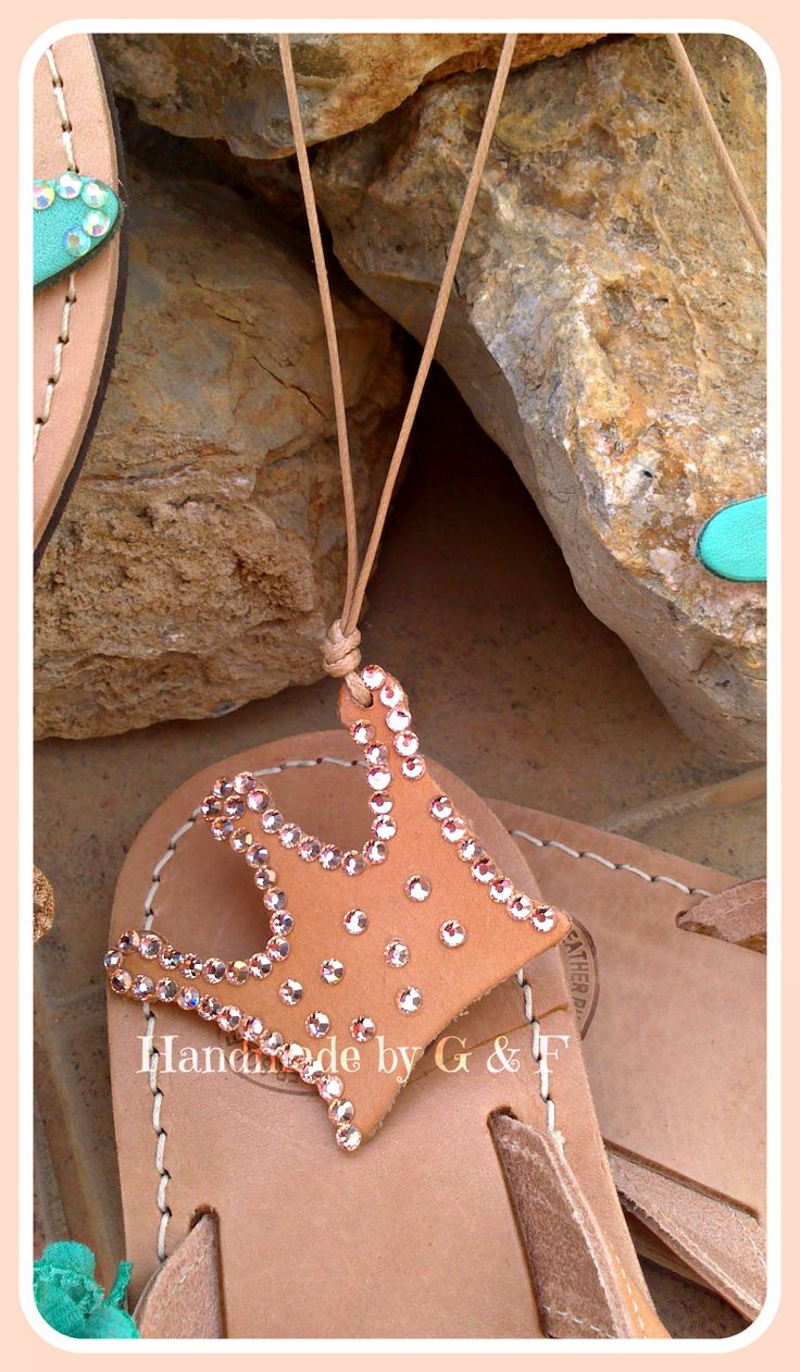 CROWN handcrafted leather with strass