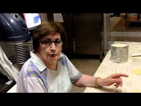 Le genovesi di Maria Grammatico - YouTube