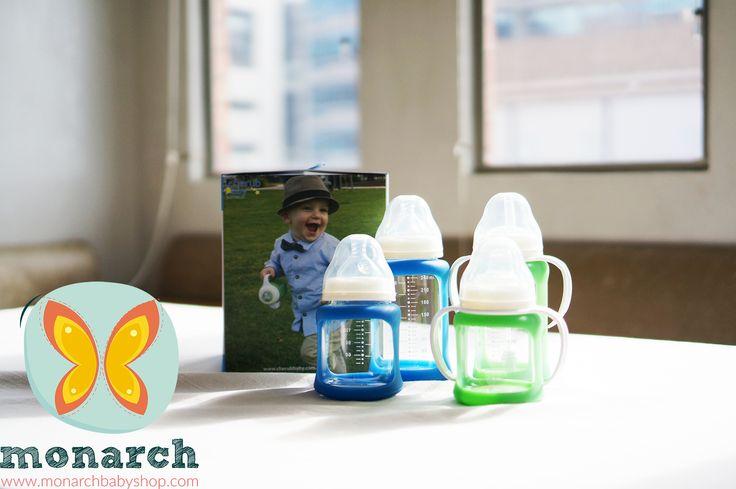 Teteros de vidrio, resistentes  a caídas con funda que cambia de color cuando la leche está muy caliente..!!! Lo mejor para tu bebé.. solo en Monarch Baby