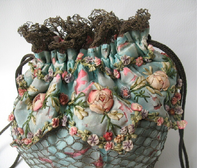 I ❤ ribbonwork . . . closeup of drawstring purse, so pretty