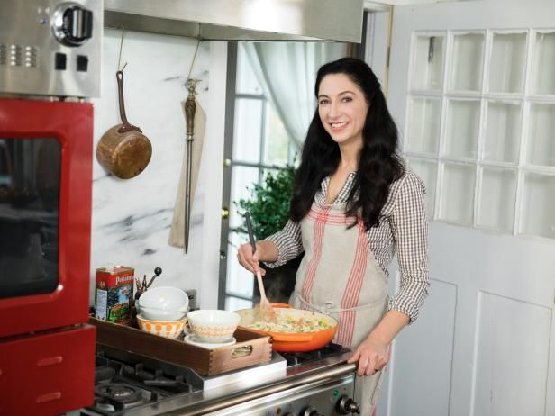 Gesine Prado Is An Acclaimed Pastry Chef Home Cook And Baking Instructor Teaching Regularly At King Arthur Flo Baked In Vermont Food Network Recipes Recipes