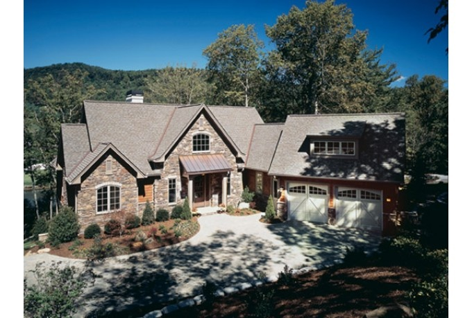 L shaped house craftsman style and elevator on pinterest for L shaped craftsman home plans