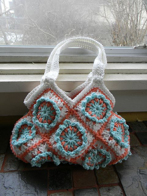 Ravelry: Crochet Granny Square Hobo Purse pattern by Ann Mancini-Williams